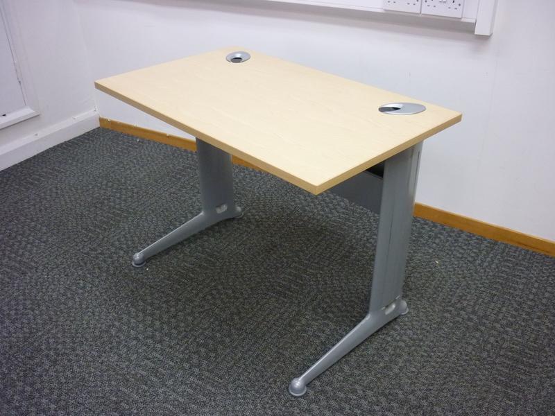 1000x600mm Kassini rectangular desk