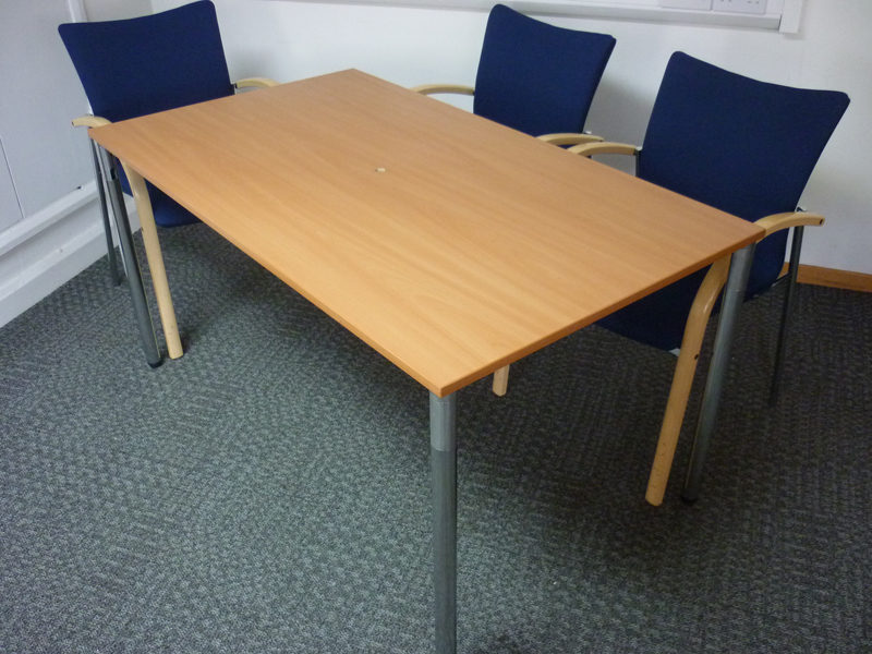 1400 x 800 mm cherry Sedus folding leg tables