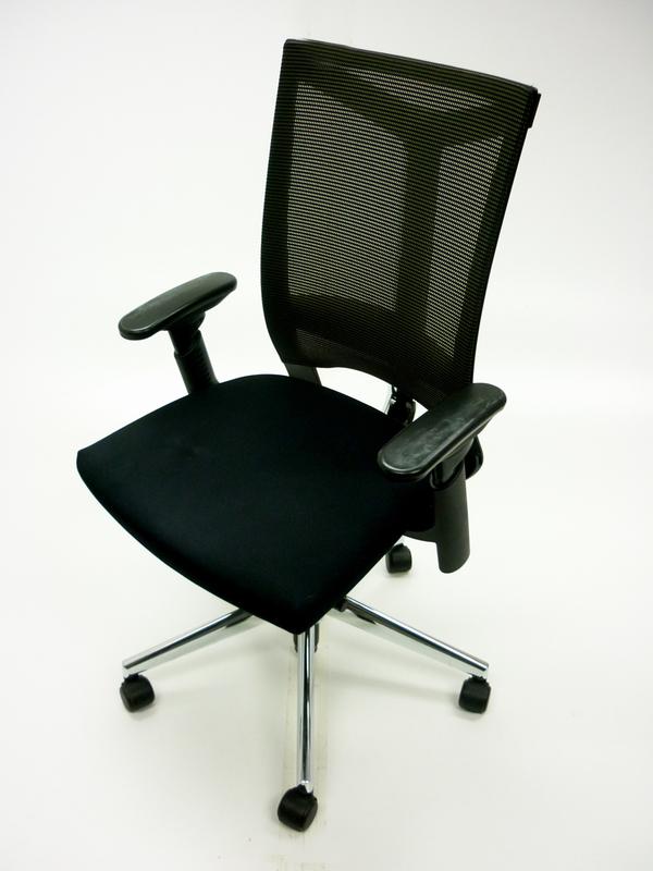 Haworth Comforto DX mesh back task chairs