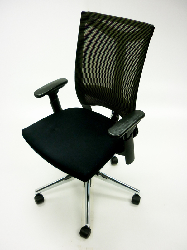 Haworth Comforto DX mesh back task chairs CE