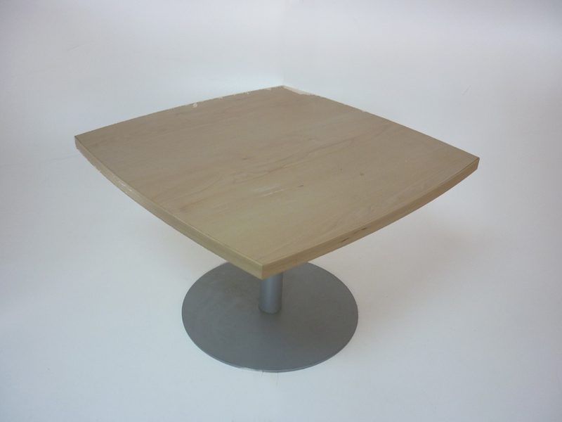 570x570mm maple square coffee table