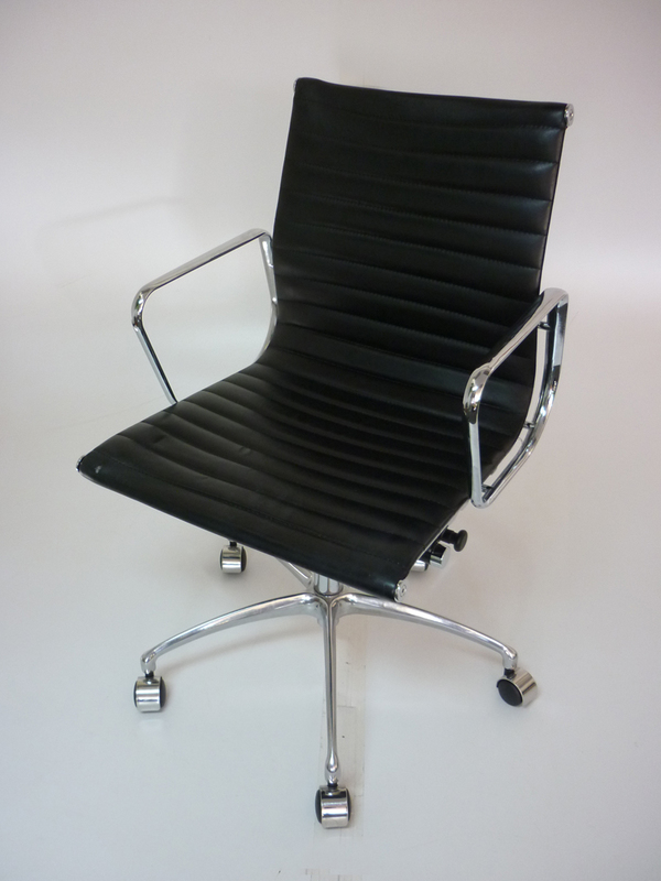 Replica Vitra Eames black leather swivel chair