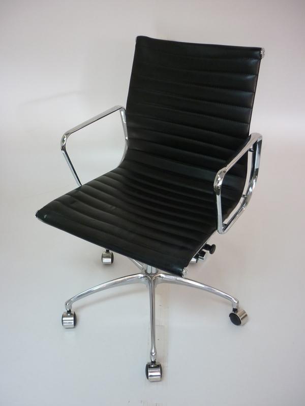 Replica Vitra Eames black leather swivel chair