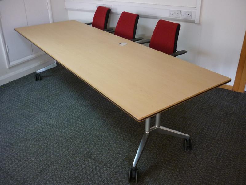 2600x800mm Wilkhahn Confair beech folding tables