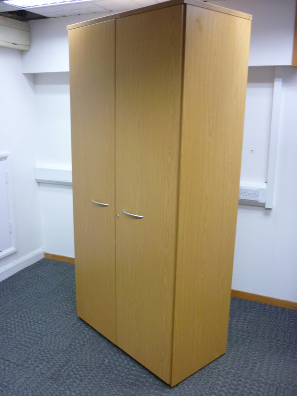2050h x 980w mm Sven light oak cupboards