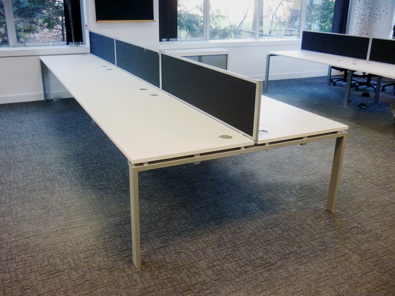 White Buronomic 1600x800mm top bench desks