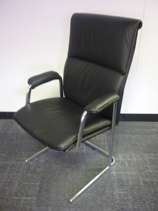 Delphi high back chair