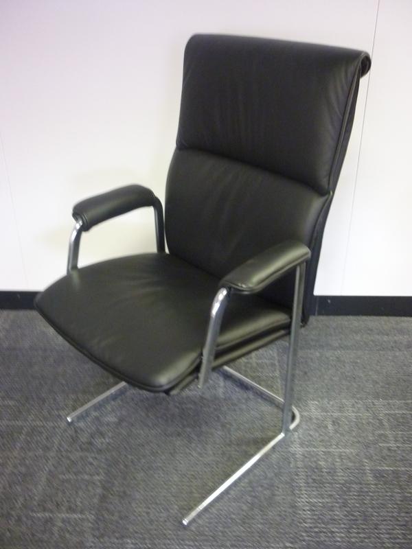 Delphi high back chair