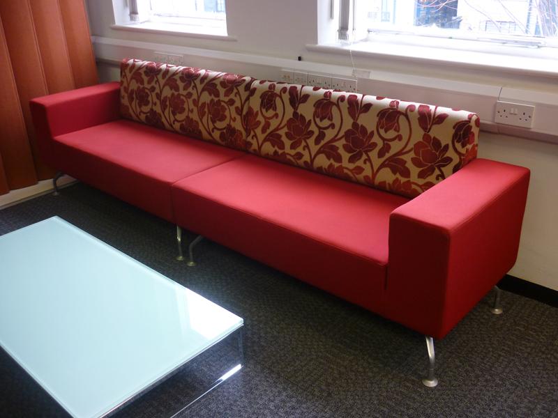 Perimeter sofa CE