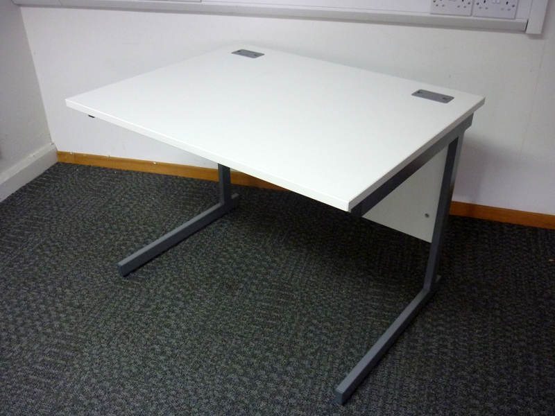 1000w x800d mm Lee & Plumpton white desks