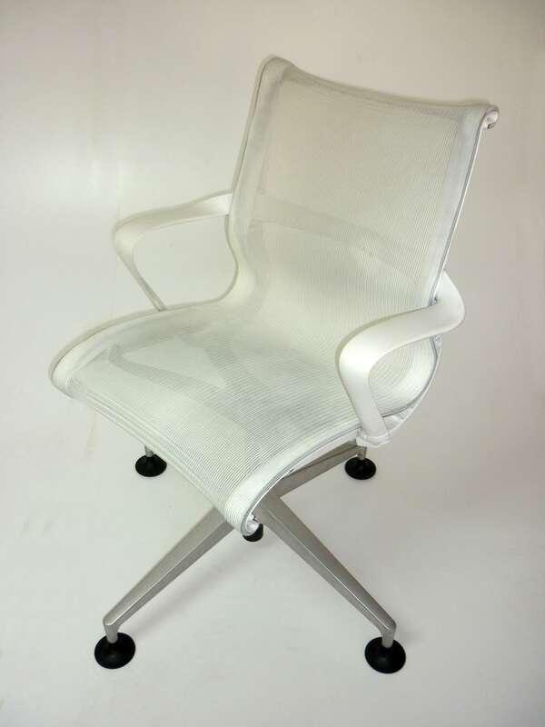 Herman Miller Setu Studio White Edition