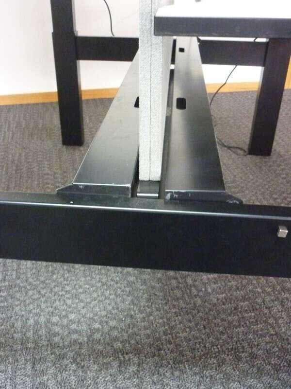 White Techo Lift 1400x800mm pairs of sit-stand desks