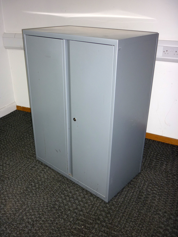 1120mm high Bisley silver metal double door cupboard