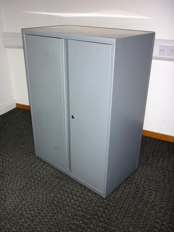 1120mm high Bisley silver metal double door cupboard
