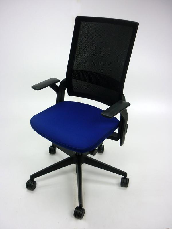 Senator Ecoflex blueblack mesh task chair