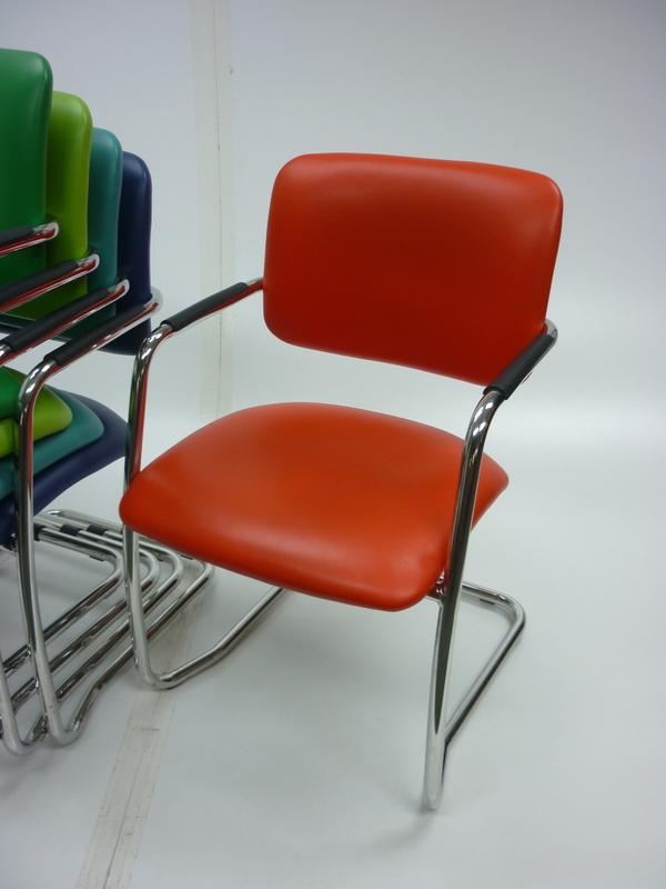 BC021 nbspBreeze medium back breakout meeting chairs