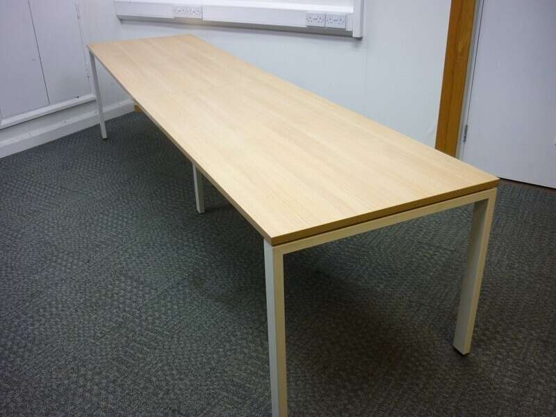 Bene 1600x800mm Aragon oak bench desks, per user -