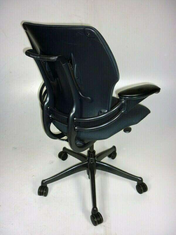 Humanscale Freedom mid-back task chair in grey