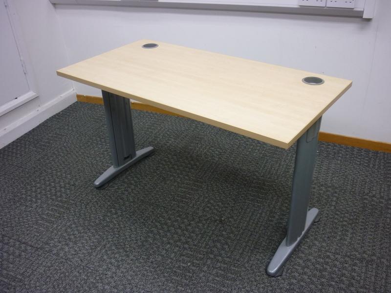 1200x600mm compact maple desks