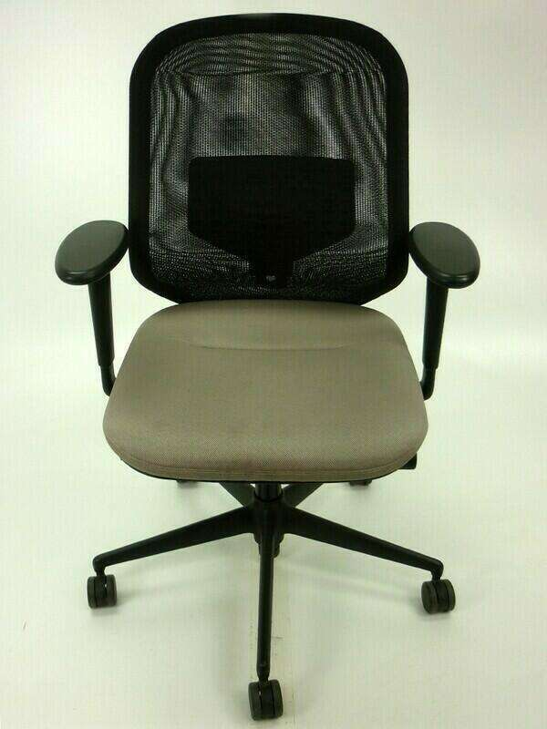 Vitra Medapal mushroom/black mesh task chairs with arms