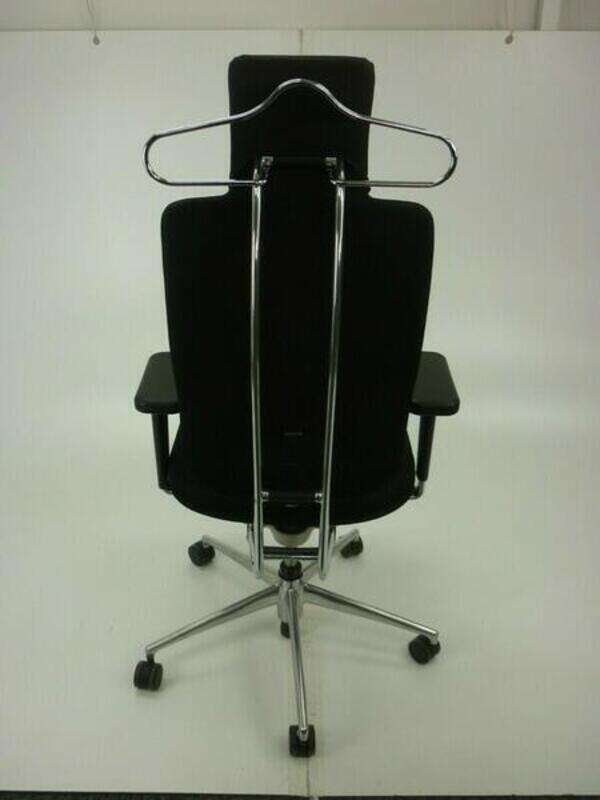 Vitra HeadLine task chairs in black with aluminium spine