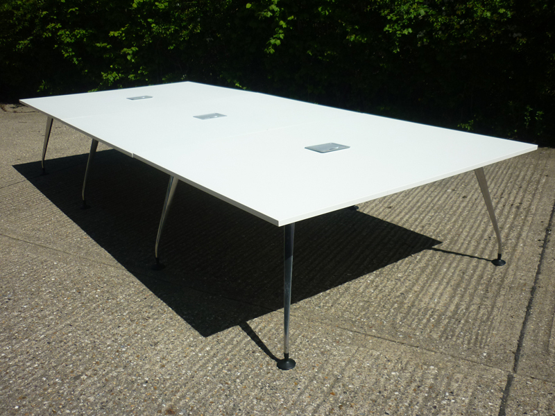 4100x1800mm white Orangebox Pars table
