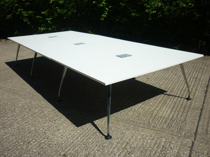 4100x1800mm white Orangebox Pars table