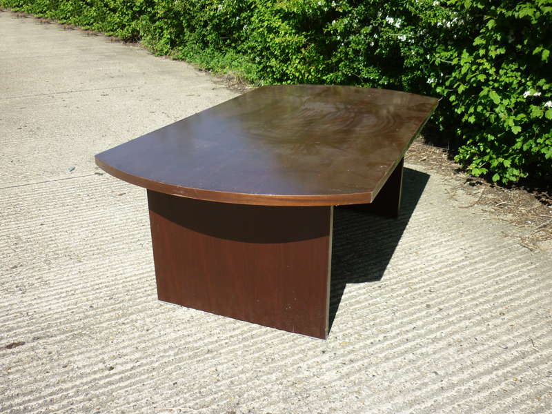 2200x1200mm bow end walnut veneer table