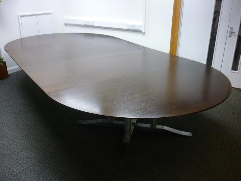 4200x2100mm Luke Hughes walnut veneer table