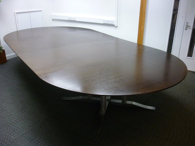 4200x2100mm Luke Hughes walnut veneer table