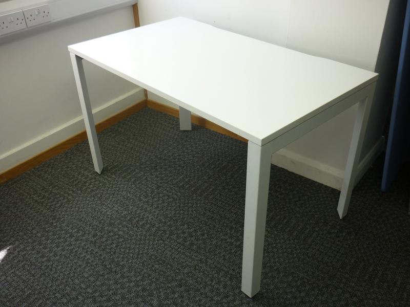 1200x700mm white Herman Miller Layout desks