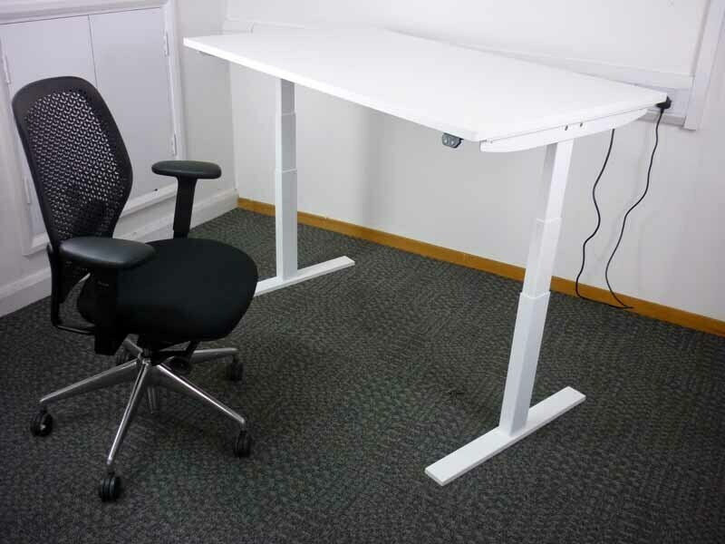 11001800mm wide electric height adjustable desks with choice of top