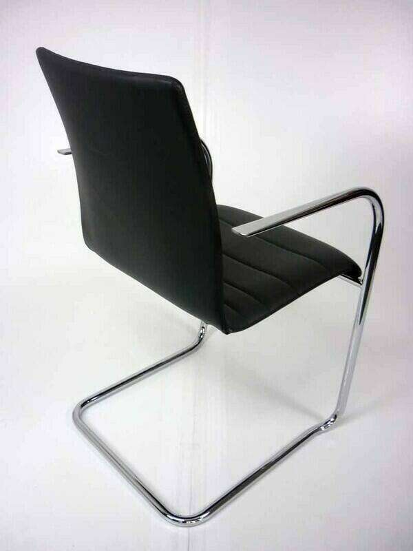 Graphite leather Brunner Fina Quilt stacking meeting chair