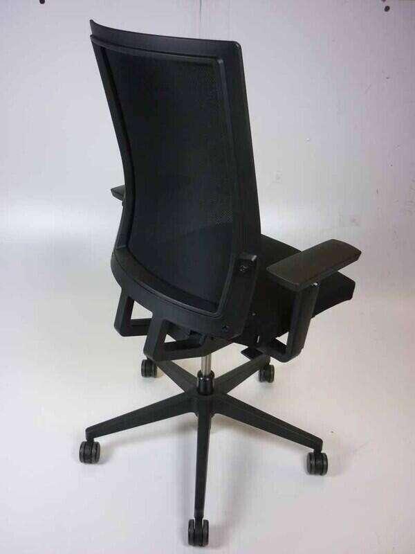 Bene B_Run black mesh back task chairs