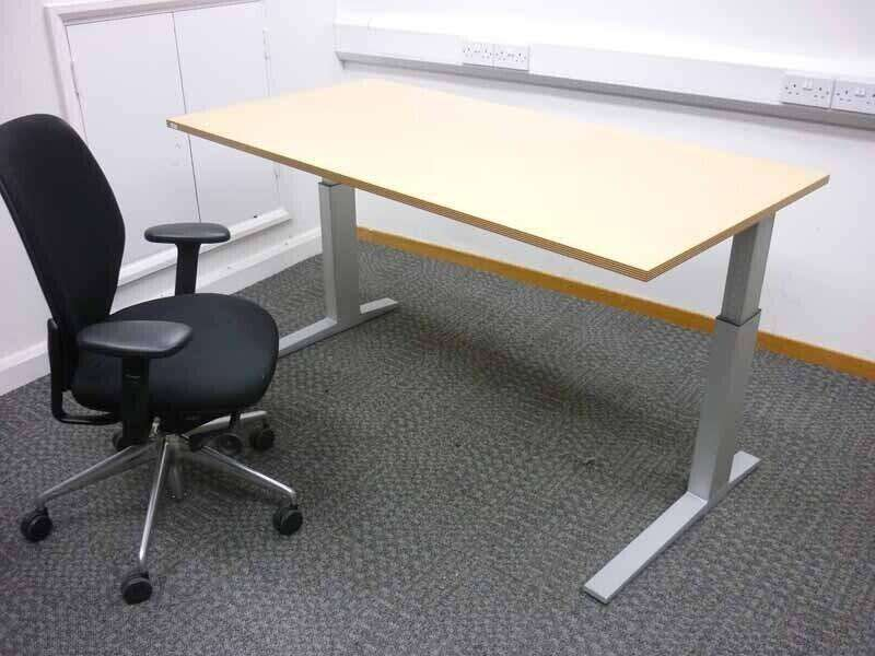 Bene beech 1600x800mm adjustable height desks