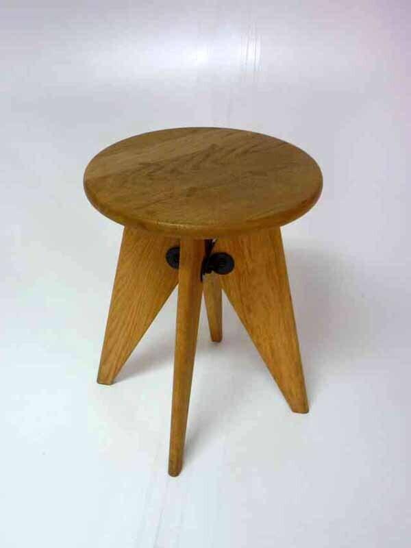 Vitra Tabouret Solvay oak stool