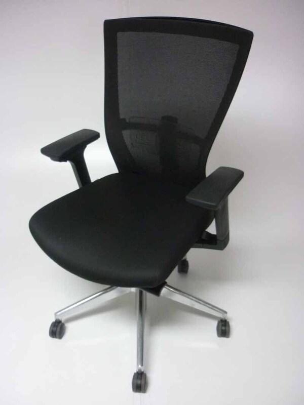 Besthul Radius black mesh back task chairs