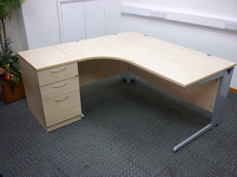 Eurotek 1600x1200mm maple desk amp pedestal