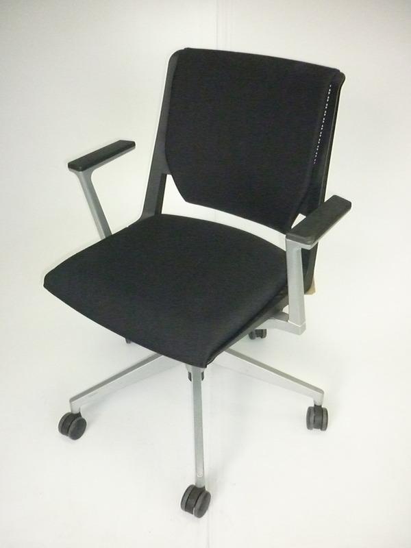 Haworth Very black meeting chair on wheels