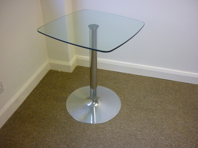 600mm square glass table