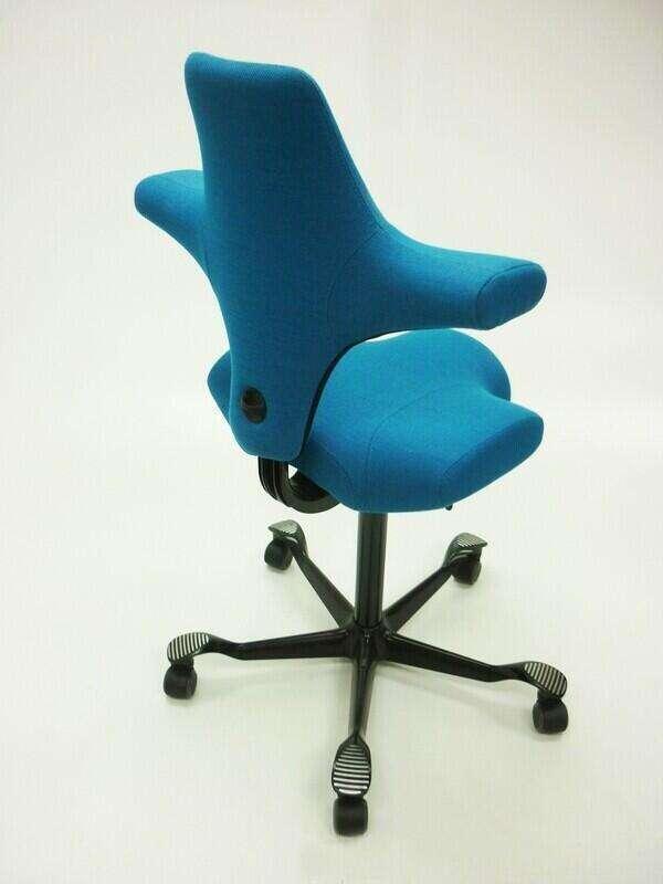 HAG Capisco 8106 turquoise posture chair