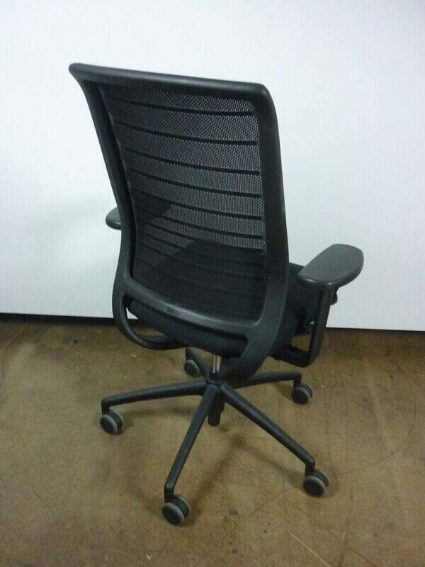 Black Interstuhl Hero 172 mesh back task chair