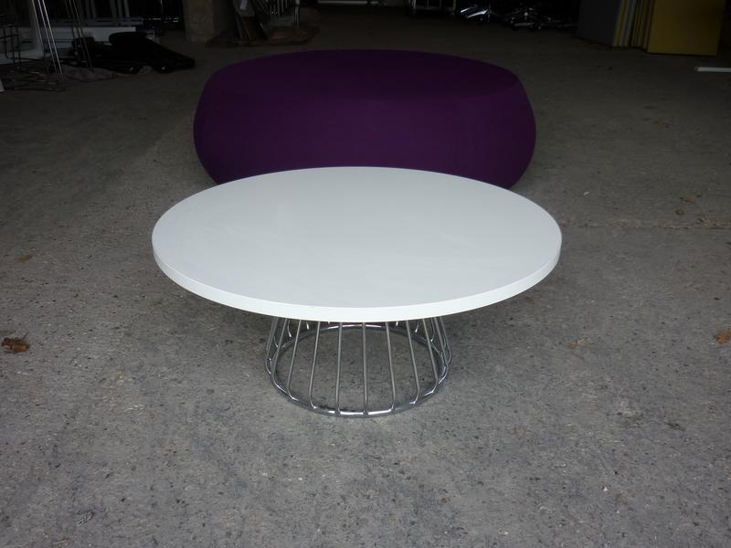 Boss Design Magic Cube 800mm diameter white table