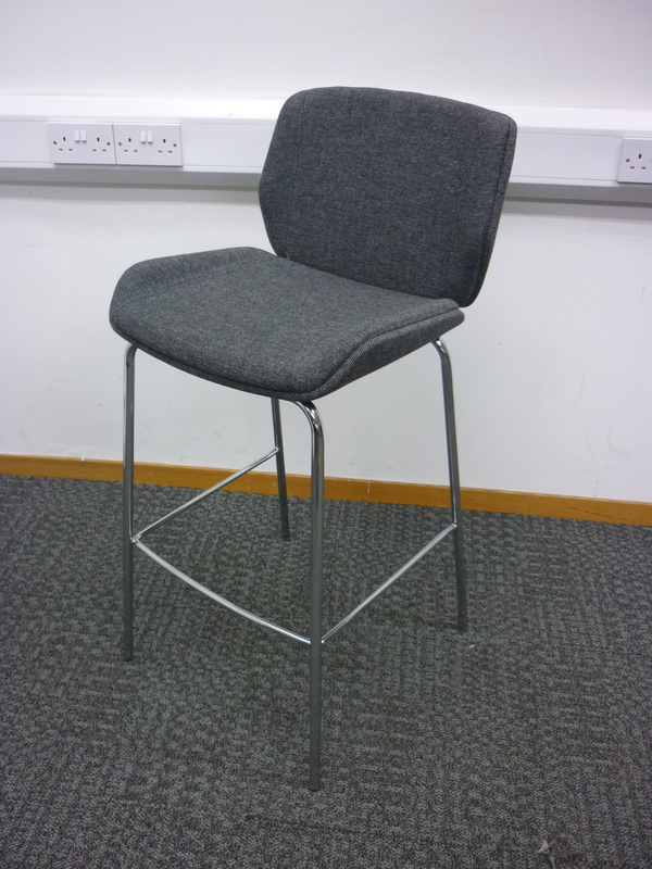 Grey Boss Design Kruze stool