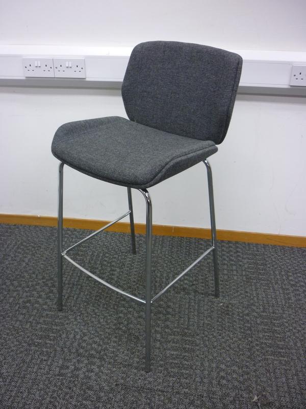 Grey Boss Design Kruze stool