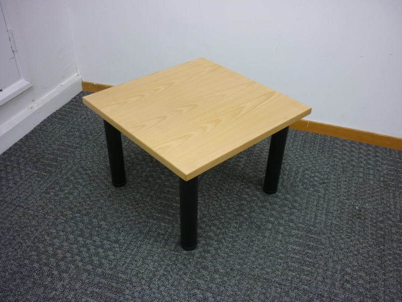 600x600mm oak coffee table