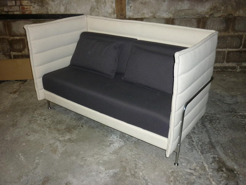 Vitra Alcove 2 seater sofa in Creamblack fabric