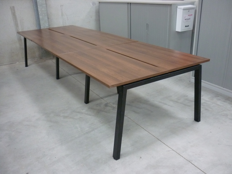 Elite Linnea 1200x600mm walnut compact bench desks