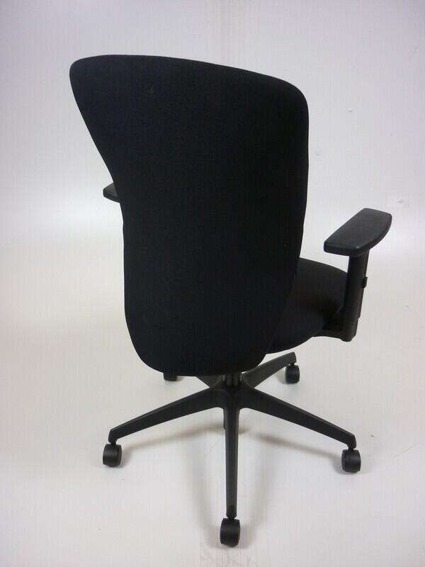 Black Boss Design Move task chair