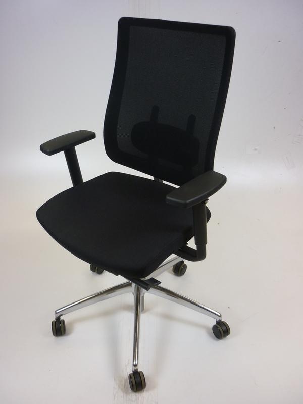 Black Boss Design Moneypenny Task chair